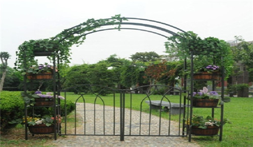 Tubes used for gate